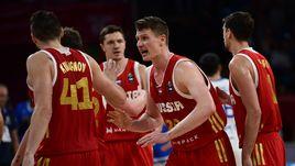 Среда. Стамбул. Греция - Россия - 69:74. Россияне празднуют победу.