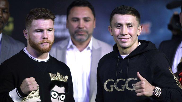 Вчера. Лас-Вегас. Геннадий ГОЛОВКИН (справа) и Сауль АЛЬВАРЕС. Фото AFP