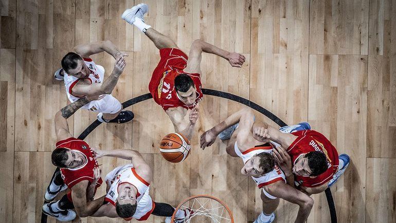 Пятница. Стамбул. Россия - Сербия - 79:87. Теперь россияне поспорят за бронзу с Испанией. Фото FIBA