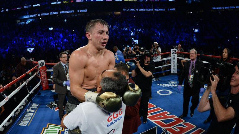 Сегодня. Лас-Вегас. Геннадий ГОЛОВКИН сохранил титулы WBA Super/WBC/IBF/IBO. Фото AFP