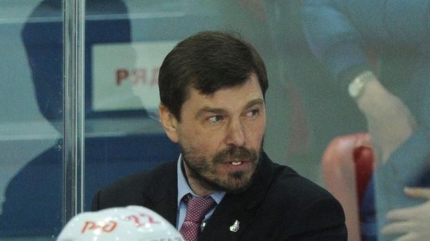 Алексей КУДАШОВ (в центре). Фото Александр ФЕДОРОВ, «СЭ»