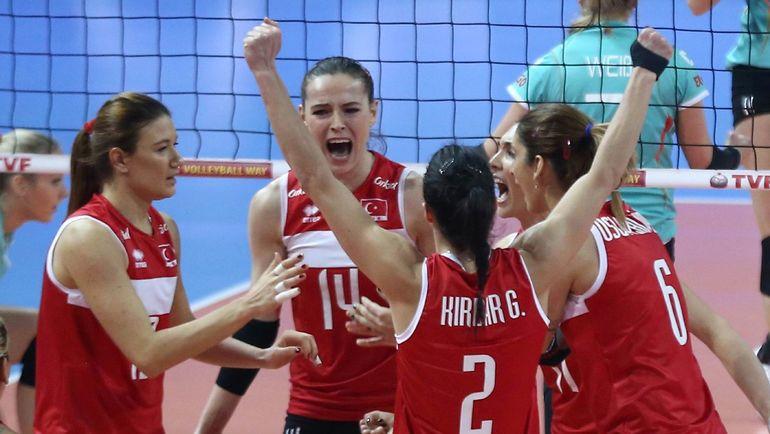 Сборная Турции - один из соперников россиянок  на стартующем сегодня чемпионате Европы. Фото AFP