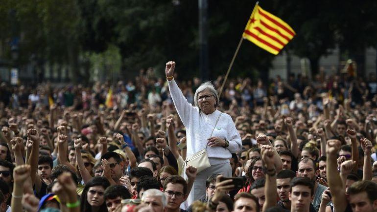 В воскресенье в Каталонии проходил референдум о независимости от Испании. Фото AFP