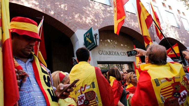 На выходных в стране прошли демонстрации против отделения Каталонии. Фото AFP