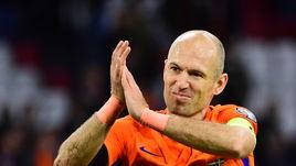 Вторник. Голландия - Швеция - 2:0. Арьен РОББЕН после матча объявил об уходе из сборной.