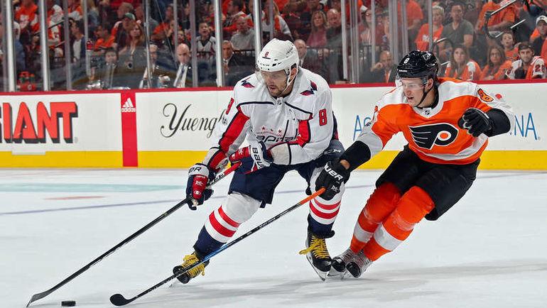 Александр ОВЕЧКИН против Роберта ХЕГГА. Фото NHL.com