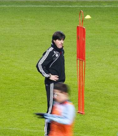 Главный тренер сборной Германии Йоахим ЛЕВ. Фото Reuters