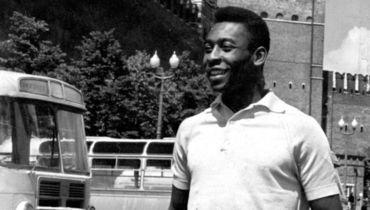 1965 год. ПЕЛЕ в Москве на Красной площади.