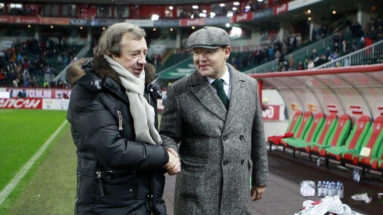 Президент железнодорожников Илья ГЕРКУС (справа) и главный тренер Юрий СЕМИН после матча. Фото Сергей ДРОНЯЕВ