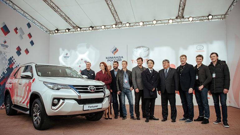"""Сотрудничество """"Тойота Россия"""" и ОКР было анонсировано на пресс-конференции."""
