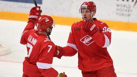 Дмитрий КАЛИНИН (слева) и Райан СТОА.