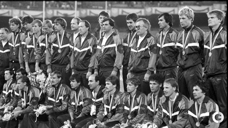 1988 год. Сеул. Победная Олимпиада сборной СССР. Гаджи ГАДЖИЕВ - четвертый справа.