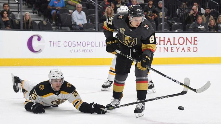 Вадим ШИПАЧЕВ, скорее всего, закончил свое недолгое путешествие в НХЛ. Фото AFP