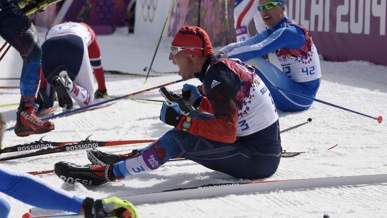 23 февраля 2014 года. Сочи. Александр ЛЕГКОВ (№3) стал олимпийским чемпионом на дистанции 50 км. Фото AFP
