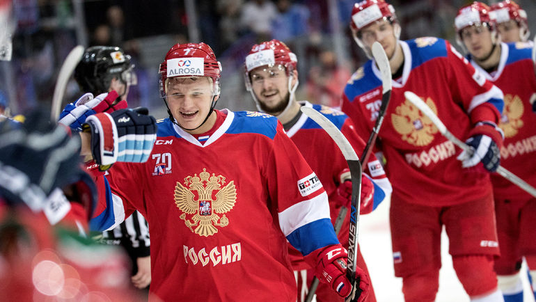 Кирилл КАПРИЗОВ (слева) имеет очень высокие шансы поехать на Олимпиаду. Фото REUTERS
