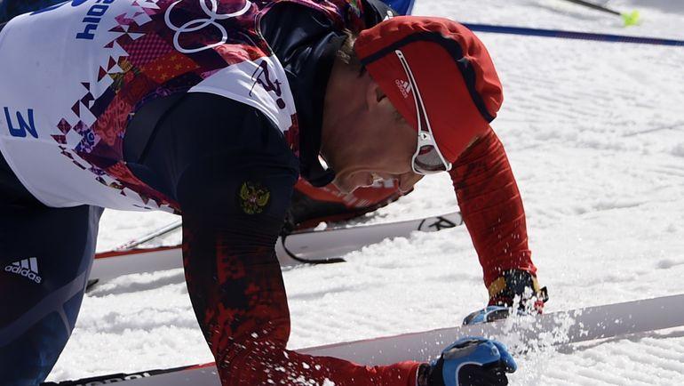 23 февраля 2014 года. Сочи. Александр ЛЕГКОВ после победного финиша гонки на 50 км. Фото AFP