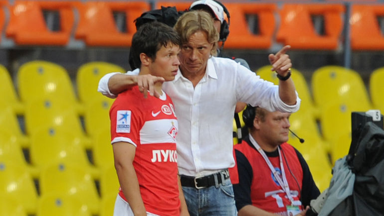 Александр КОЗЛОВ и Валерий КАРПИН. Фото Никита УСПЕНСКИЙ