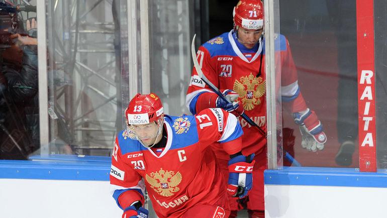 """Олимпиада может пройти не только без игроков НХЛ, но и звезд КХЛ. Например, Павла ДАЦЮКА (№13) и Ильи КОВАЛЬЧУКА. Фото Алексей ИВАНОВ, """"СЭ"""""""