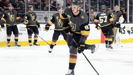 """15 октября. Лас-Вегас. """"Вегас"""" - """"Бостон"""" - 3:1. Нападающий Вадим ШИПАЧЕВ, возможно, больше никогда не выйдет на лед в матче НХЛ."""
