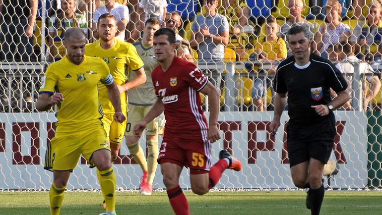 К Александру БУРЧАНУ (№55) есть интерес со стороны одного из клубов РФПЛ. Фото Григорий БОЧКАРЕВ