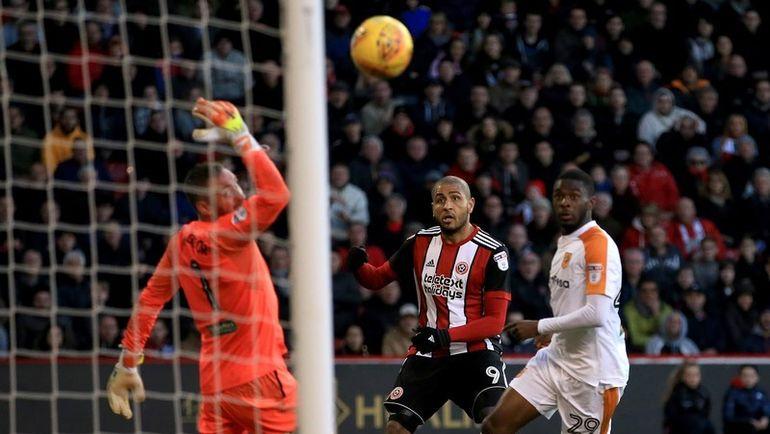 """Сегодня. Шеффилд. """"Шеффилд Юнайтед"""" - """"Халл Сити"""" - 4:1. Все четыре мяча у хозяев записал на свой счет Леон КЛАРК (№9). Фото Hull City"""