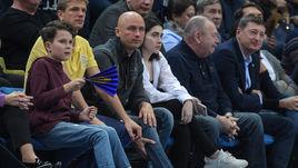 Карасев после дерби увидел удаление Итудиса. Яркие кадры матча