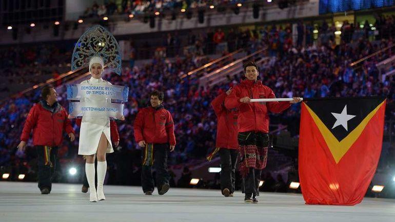 7 февраля 2014 года. Сочи. Делегация Восточного Тимора на церемонии открытия Олимпиады. Фото AFP