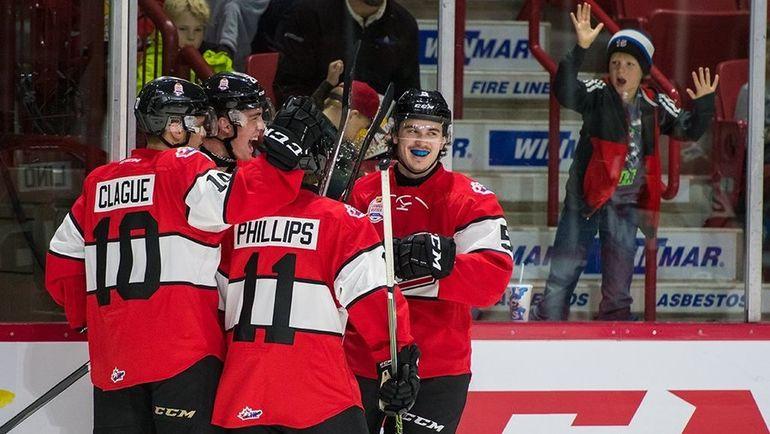 Сегодня. Мус-Джо. Сборная WHL - Россия - 7:0. Канадцы празднуют победу.