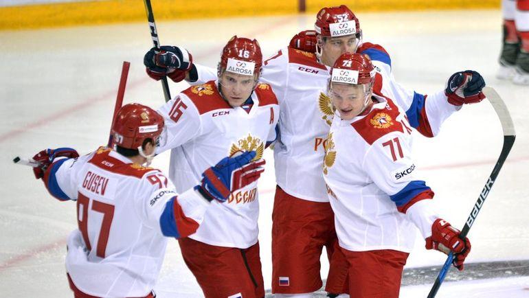 Сегодня. Хельсинки. Швейцария - Россия - 2:6. Россияне празднуют заброшенную шайбу. Фото AFP