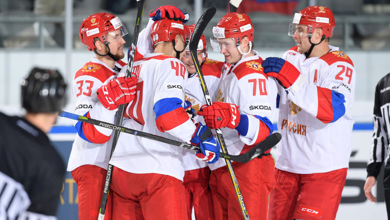 Сборная России одержала вторую победу в Кубке Германии и вышла в лидеры таблицы. Фото ФХР