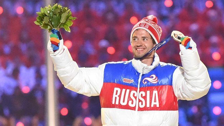 23 февраля 2014 года. Сочи. Илья ЧЕРНОУСОВ с бронзовой медалью Олимпийских игр-2014 в Сочи. Фото AFP