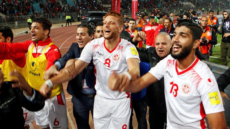 Суббота. Радес. Тунис - Ливия - 0:0. Хозяева празднуют попадания на чемпионат мира-2018. Фото REUTERS