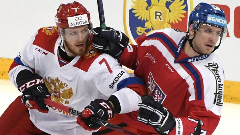 Иван ТЕЛЕГИН (слева) и Ондржей ВИТАСЕК. Фото REUTERS