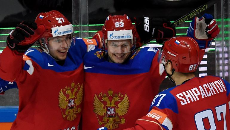 Артемий ПАНАРИН, Евгений ДАДОНОВ и Вадим ШИПАЧЕВ. Фото AFP