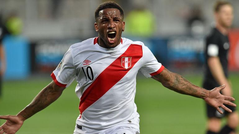 Сегодня. Лима. Перу - Новая Зеландия - 2:0. Джефферсон ФАРФАН выводит Перу на чемпионат мира-2018. Фото AFP