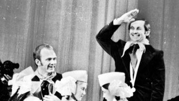 Тренерский дуэт киевского «Динамо» - Валерий ЛОБАНОВСКИЙ (слева) и Олег БАЗИЛЕВИЧ - в роли пионеров.