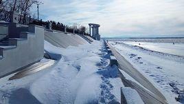 Снежная и морозная погода в Хабаровске.