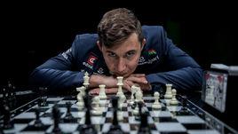 Сергей КАРЯКИН на съемках новой программы «СЭ» о шахматах.