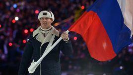 7 февраля 2014 года. Сочи. Открытие Олимпийских игр. Александр ЗУБКОВ - знаменосец сборной России.
