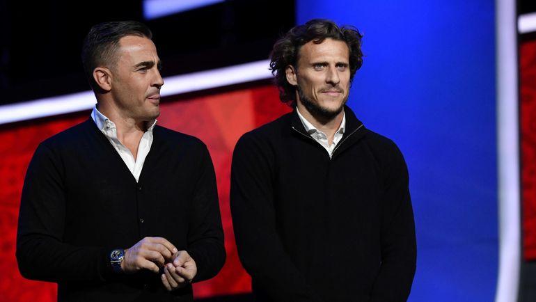 Диего ФОРЛАН (справа) и Фабио КАННАВАРО. Фото AFP