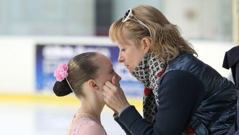 Наталья АНТИПИНА (справа). Фото fskate.ru