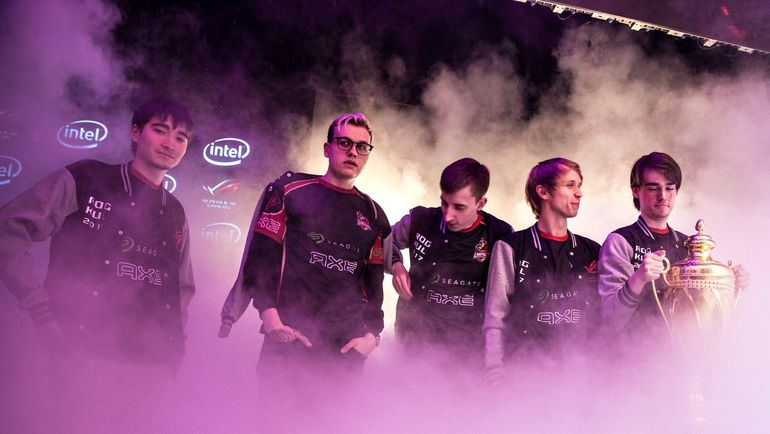 Team Empire. Фото Team Empire