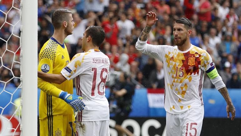 Выступит и сборная Испании на чемпионате мира в России? Фото REUTERS