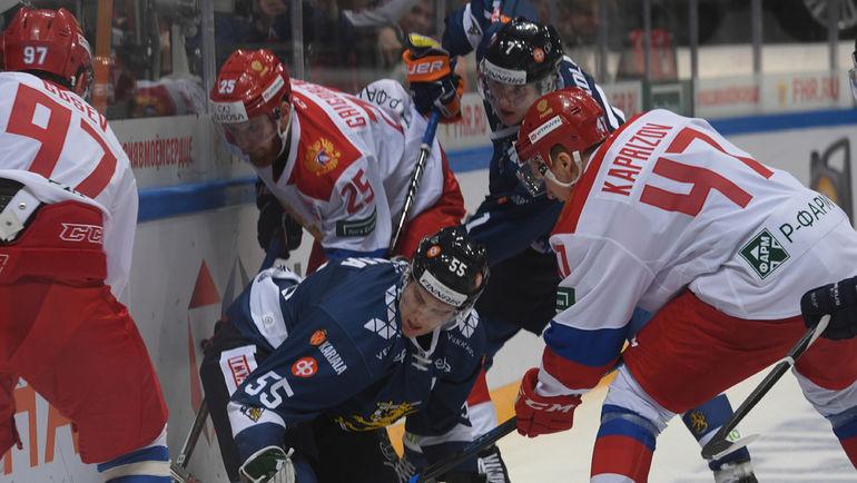 Русские хоккеисты обыграли сборную Канады вматче Кубка Первого канала