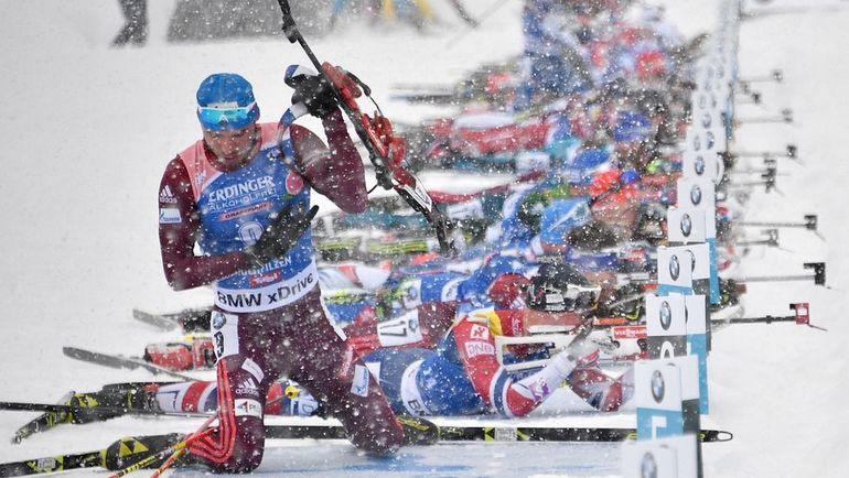 Антон ШИПУЛИН (слева) принес России единственную медаль за 20 гонок сезона. Фото AFP