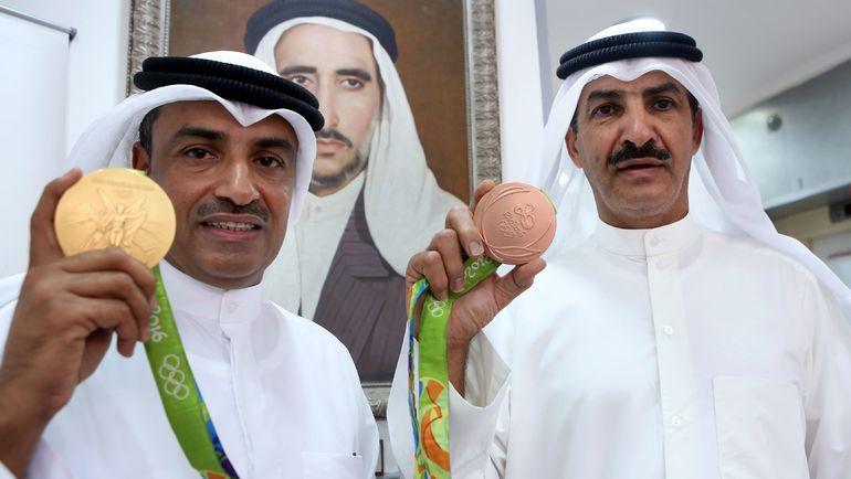 Стрелки из Кувейта Фехайд АЛЬ-ДЕХАНИ (слева) и Абдулла АЛЬ-РАШИДИ. Фото AFP