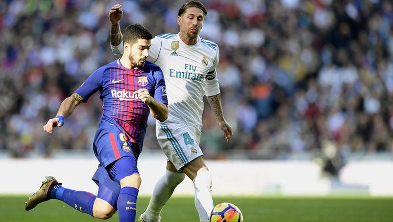 """Суббота. Мадрид. """"Реал"""" - """"Барселона"""" - 0:3. Луис СУАРЕС и СЕРХИО РАМОС. Фото AFP"""