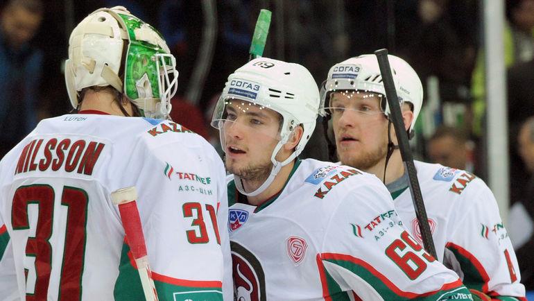 Александр БУРМИСТРОВ (в центре) снова едет в Казань. Фото Татьяна ДОРОГУТИНА