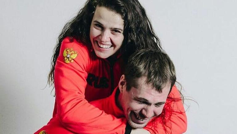 Сергей УСТЮГОВ и его девушка Елена СОБОЛЕВА. Фото instagram.com