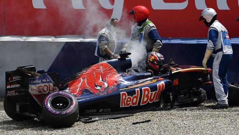 Авария Даниила КВЯТА. Фото AFP